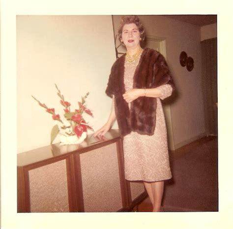 everyday women in their 30 37 vintage portrait photos of 50s middle aged ladies in