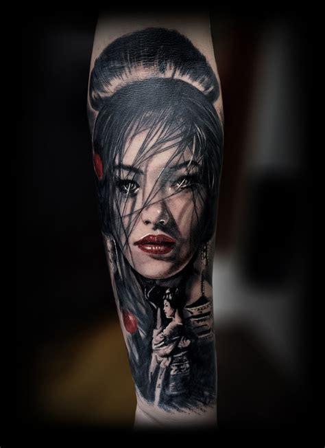 tattoo geisha di kaki galleria tatuaggi realistici chicani noir foto