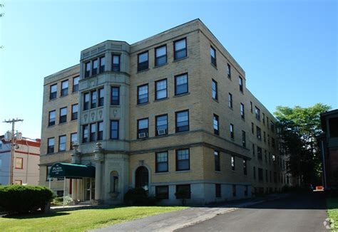 one bedroom apartments in syracuse ny plaza apartments rentals syracuse ny apartments com