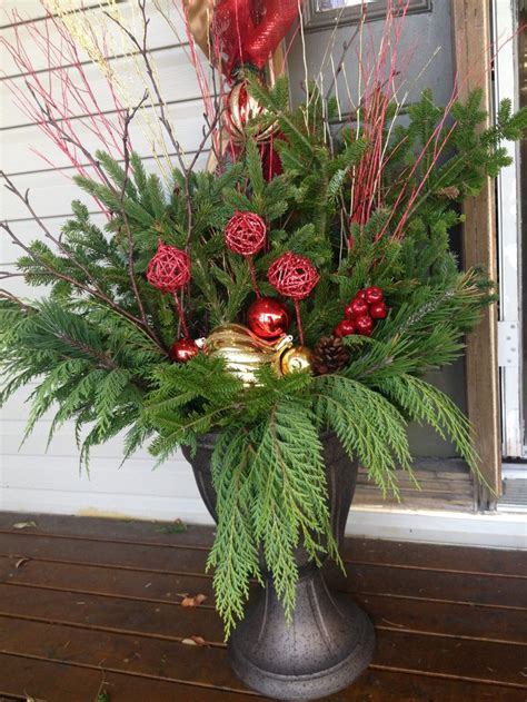 christmas urn designs 17 best images about urn accents on arrangements planters and