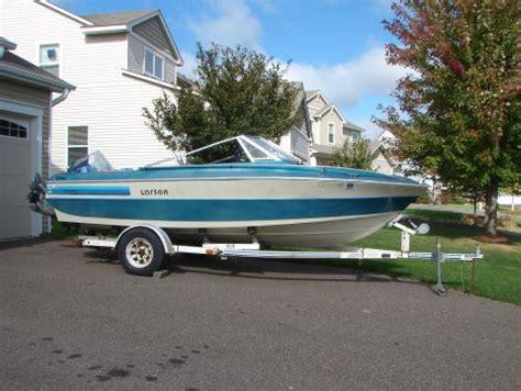 larson boats for sale in minnesota larson new and used boats for sale in minnesota