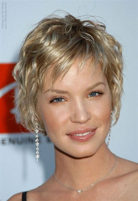 short curly hairstyles above the ear 64 sexy hairstyles for short wavy hair