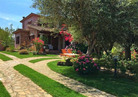 giardino villa villa meravigliosa con giardino italia loiri booking