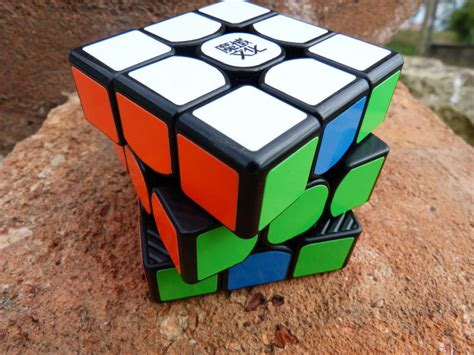 Rubik 3x3 Moyu Weilong Gts Speed Cube 3x3 Illusion Edition moyu weilong gts avis et review rubik s cube