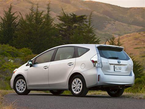 Toyota Prius V 2014 2014 Toyota Prius V Price Photos Reviews Features