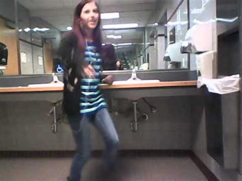 dancing in the bathroom dancing in girls bathroom at college youtube