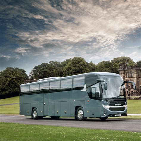 scania launches the interlink coach in the uk scania