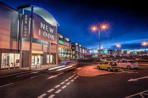 retail park retail park photography for bilfinger gva ross vincent