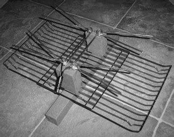 membuat antena tv pake tutup panci membuat booster untuk tv antena praktis gantungan baju