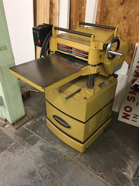 timed  auction late model commercial woodworking