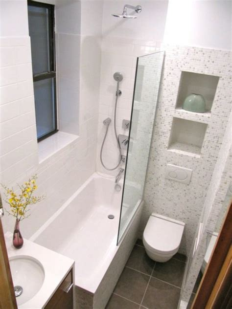 Schmales Bad Einrichten by B 228 Der Einrichten Badewanne Schmales Fenster Und Glaswand