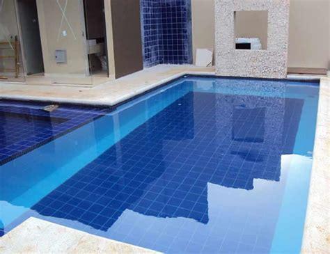 azulejos de piscina dicas para cuidar bem do revestimento da piscina