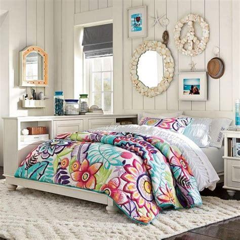 d馗oration murale chambre ado id 233 e d 233 co chambre de fille ado literie 224 motifs floraux