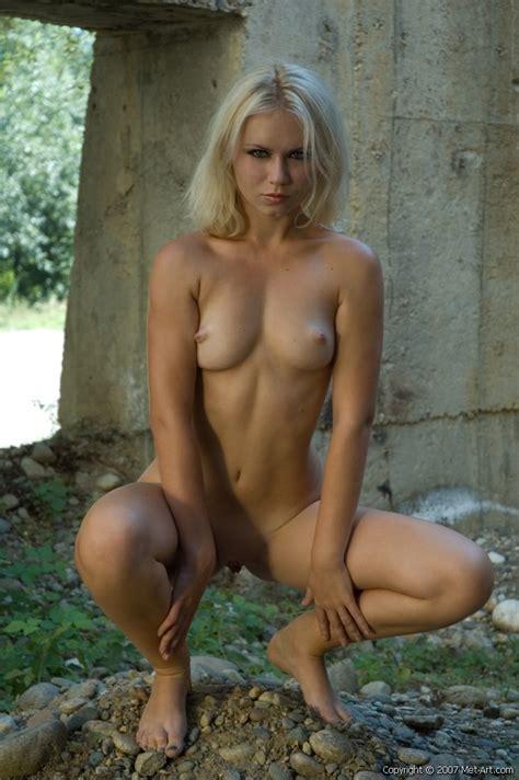 Veronika A Met Art Free Nude Pictures Bravo Erotica