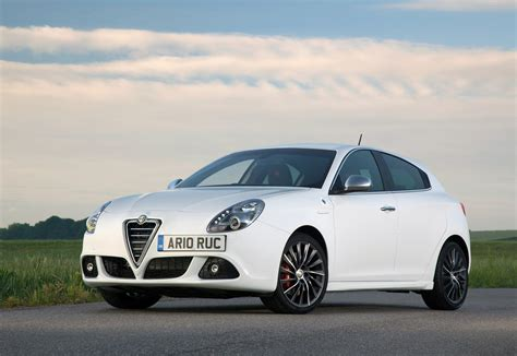 How Much Is An Alfa Romeo by Alfa Romeo Giulietta Hatchback Review 2010 Parkers