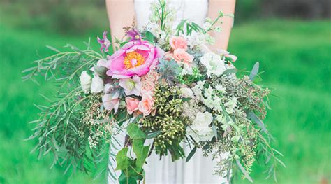 Backyard Elopement Ideas Boho Backyard Elopement Inspired By This