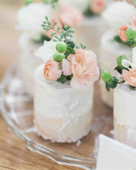 Individual Wedding Cakes by 52 Small Wedding Cakes With A Big Presence Martha