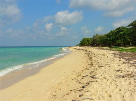 Most Beautiful States In The Us the best beaches on roatan that aren t in your guidebook