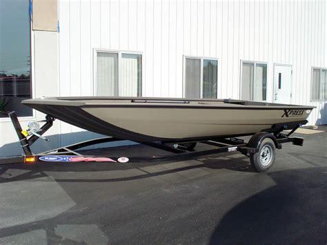jon boat xpress 2016 new xpress hd17vj jon boat for sale 7 083 o
