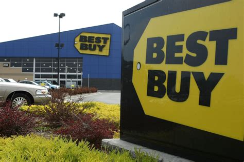 ceo best buy best buy ceo resigns amid disappointing sales toronto