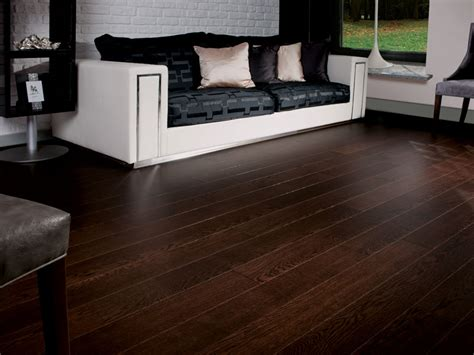 Signature Flooring by Oak Chocolate Signature Oak Collection
