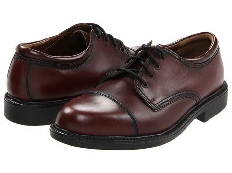 dockers gordon cap toe oxford shoes dockers gordon s lace up cap toe shoes