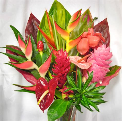 floral arrangements the wailua hawaiian floral arrangement make their day