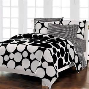 black white bedding polka dot