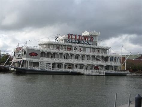 fulton s crab house fulton s crab house orlando lake buena vista menu prices restaurant reviews