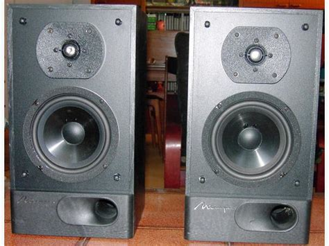 mirage bookshelf speakers model m 490 stands central