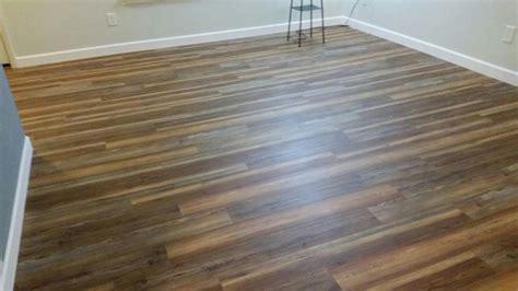 bathroom flooring vinyl