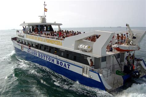 catamaran boat trip ibiza formentera 191 c 243 mo ir a formentera conoce nuestras rutas barco ibiza