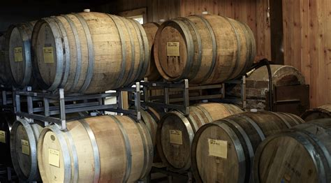 the barrel room in fidi offers a rotating menu happy hour promotion services for oregon tour guides wineryhunt oregon