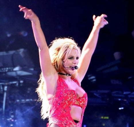 britney spears concert britney spears excited for tonight s manila concert