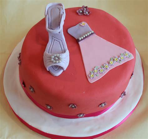 cake vanity