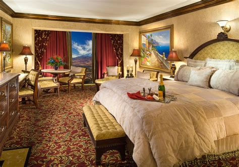 peppermill tower roman opulence super suite peppermill tuscany king suite peppermill resort hotel reno