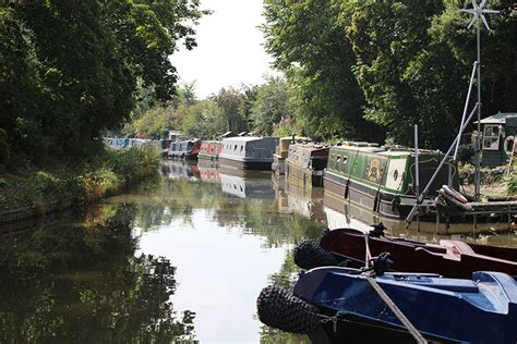 boat mooring uk narrowboat moorings guide the fit out pontoon guide to