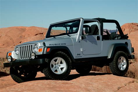 What Is A Tj Jeep Pre Owned 1997 2006 Jeep Wrangler Tj Truck Trend