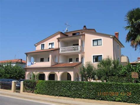 appartamenti a umago appartamenti umago top alloggi in umago croazia