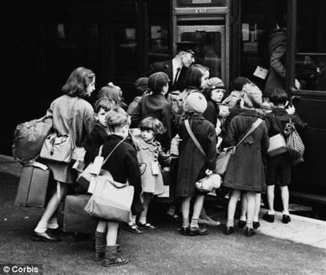 1000 images about worldwar2 evacuees 19 best images about ww ii children on luftwaffe london and world war ii