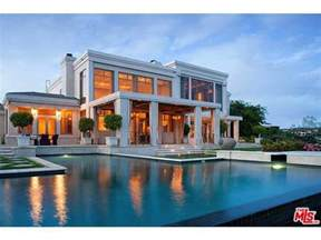 House Plans To Build Buy Dr Dre S Hollywood Mansion For 35 Million Spin