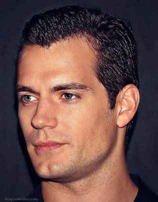is have a cleft chin good love a man with a cleft chin henry cavill