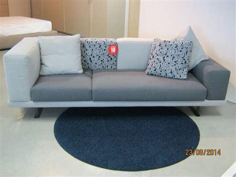 divani di marca in offerta divano in offerta divani a prezzi scontati