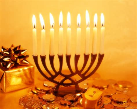 Hanukkah L by 301 Moved Permanently