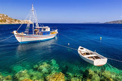greek island sailing reasons to charter with captain - Charter Boat Fishing Greece