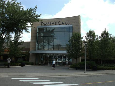layout of 12 oaks mall twelve oaks mall wikipedia