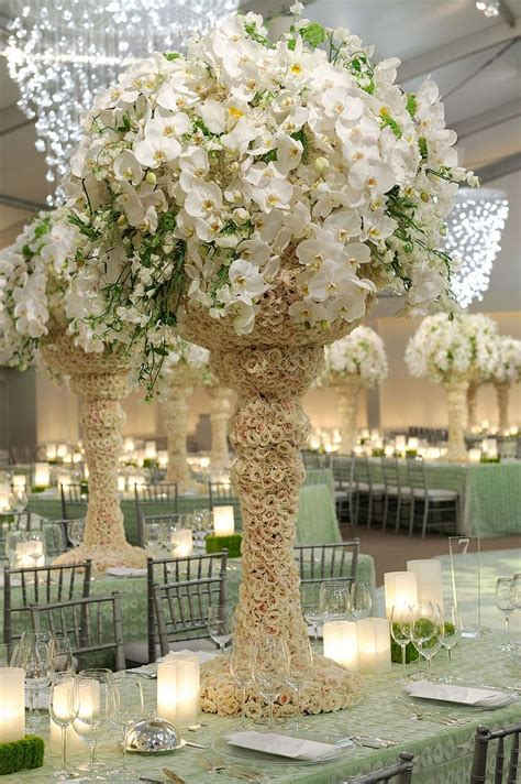 Wedding Centerpieces Extravagant People And Things That Extravagant Wedding Centerpieces