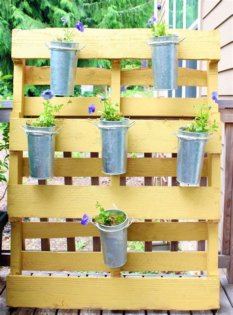 Pallets Garden Ideas Dishfunctional Designs Creative Ways To Use Pallets Outdoors In Your Garden