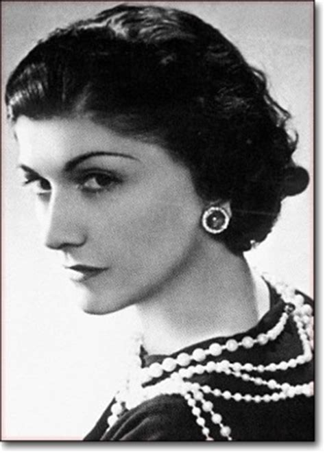 coco chanel entrepreneur biography success story of coco chanel the legendary fashion designer