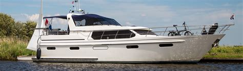 motorjacht huren in friesland yachtcharter friesland met motorjachten yachtcharter 2000